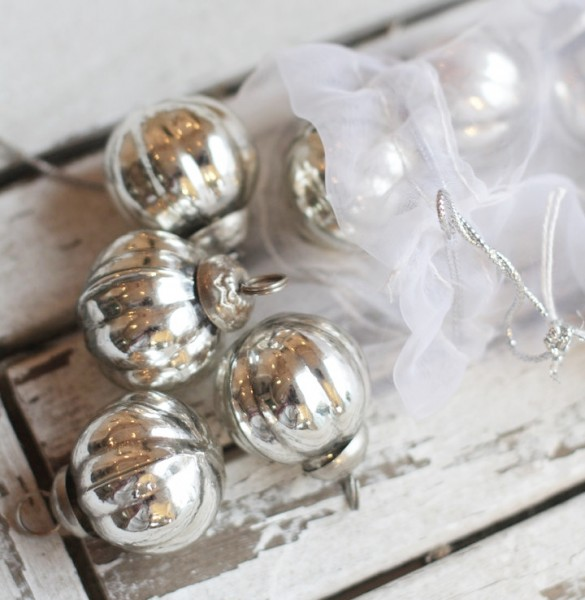 Kleine Weihnachtskugeln im 10er Set, silberglänzend-Copy