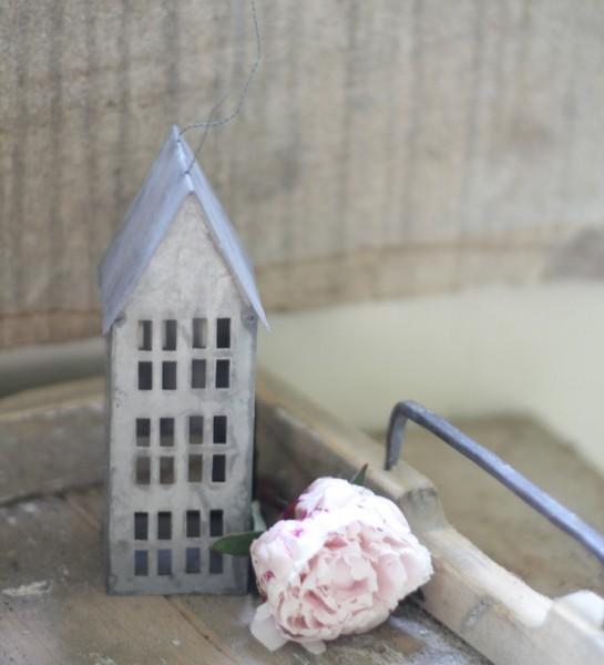"""Haus aus Metall """"Zink"""", groß (16 cm)"""