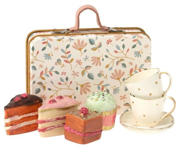 Maileg Köfferchen mit 4 Cupcakes und 2 Tassen mit Untertassen